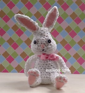 Crochet Amigurumi Bunny Rabbit--A free crochet pattern to make this adorable bunny