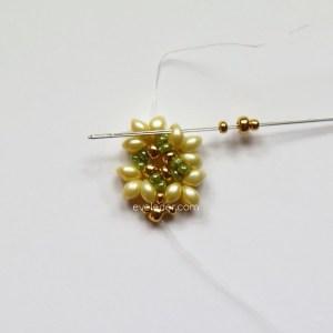 Two Hole Bead Bracelet--FREE beaded bracelet pattern--Fig. 3