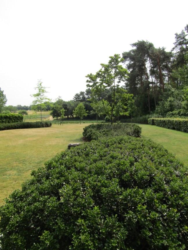 Tuinarchitect_geel_voorbeeld_speelse_tuin7
