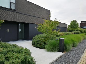 Strakke tuin Geel tuinarchitect Evelien Claus