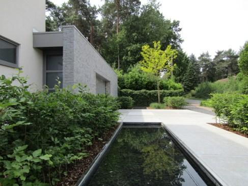 Tuinarchitect_geel_voorbeeld_water_in_de_tuin1