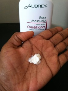 aubrey-rosa-mosqueta-conditioner