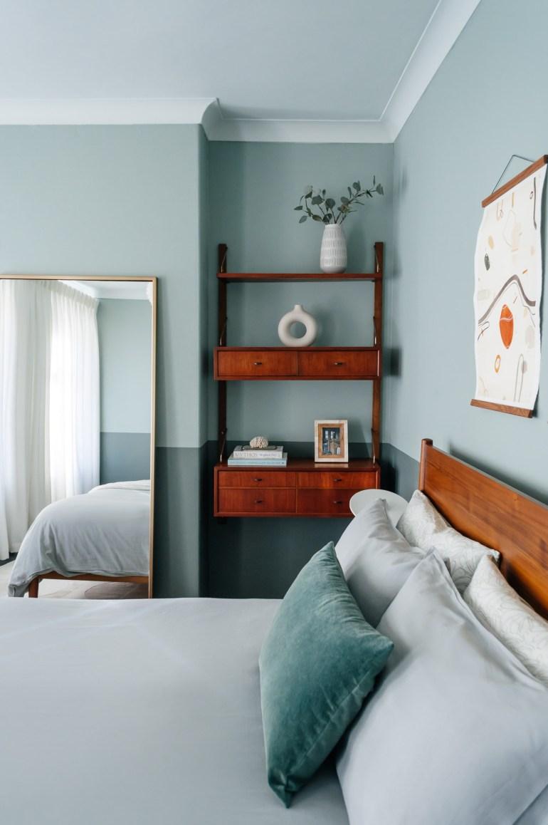 Juan Sandiego's gorgeous mid century  bedroom
