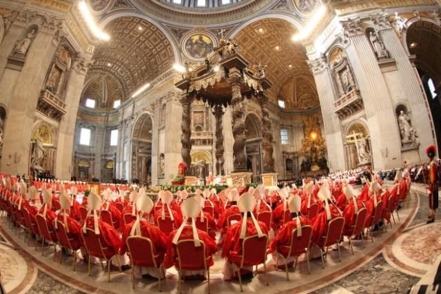 cardenales-basilica-sanpedro-120313-getty_1.columnas_8
