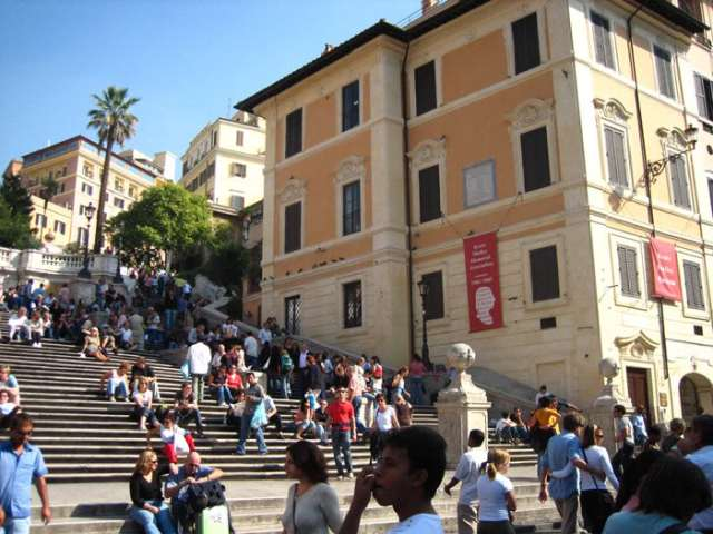 English-Romanticism-around-Piazza-di-Spagna