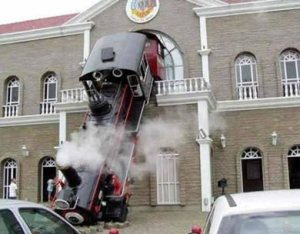 train-museum-crash