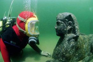 underwater_archsphinx