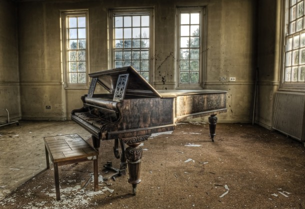 piano-in-an-abandoned-insane-asylum--15669