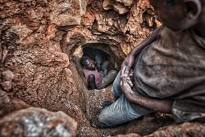New tunnel at Mudere mine. Rubaya, North Kivu (D.R.Congo)