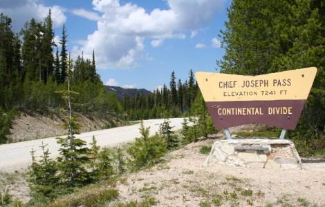 60207-sula-lost-trail-chief-joe-pass-0910-sign245