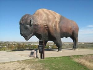 jamestown-buffalo-jamestown-north-dakota-flickr-cathy-650x487