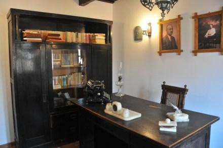 Casa memoriala Romulus Cioflec biroul scriitorului