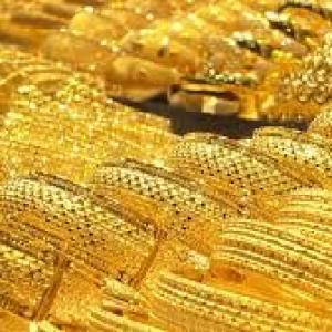 Cucoana Nadejda Marcu e jefuită de bijuterii de un milion de franci. Vezi inventarul podoabelor unei boieroaice de la 1896