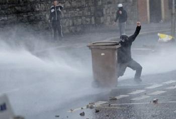 Riot-U-Wash