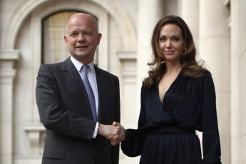 William+Hague+Hollywood+Actress+Angelina+Jolie+4SoTSxb-aKAl