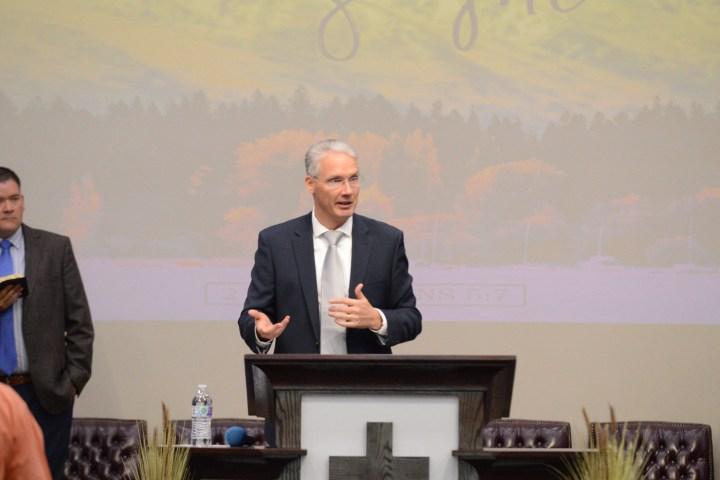 David Mayeur ministering