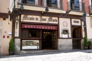 Gincana con tablets _Restaurante José María en Segovia