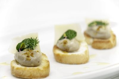 Bruschetta con Caviar de Berenjenas
