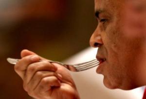 finals judge Ahmed Azizy tastes
