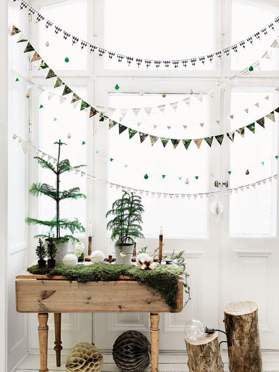 Scintillating Christmas Garland Decoration Ideas