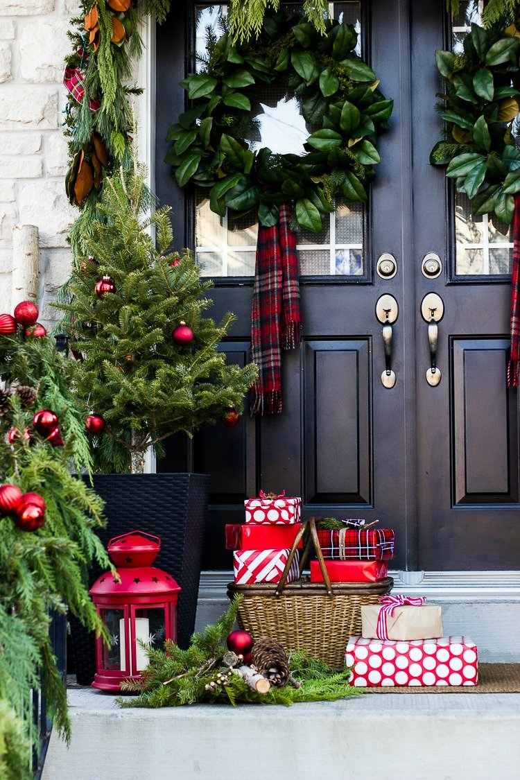 Christmas Decorating Ideas For Porch - Festival Around the ... on Patio Decorating Ideas With Lights  id=11172
