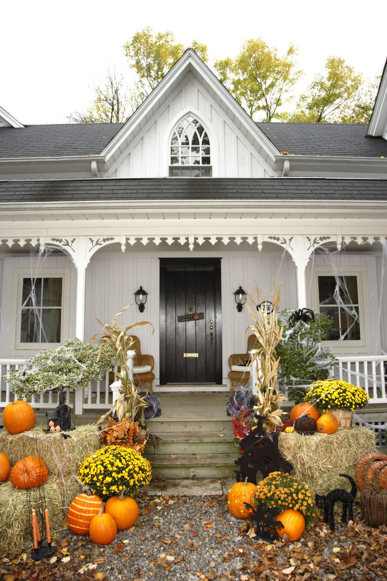 Exquisite Outdoor Halloween Decoration Ideas - Festival ... on Lawn Decorating Ideas id=56607