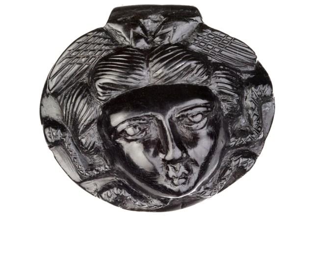 Medusa's pendant