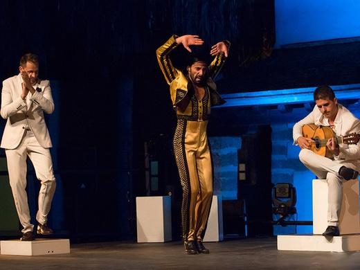 gala flamenca triplet two eEJD