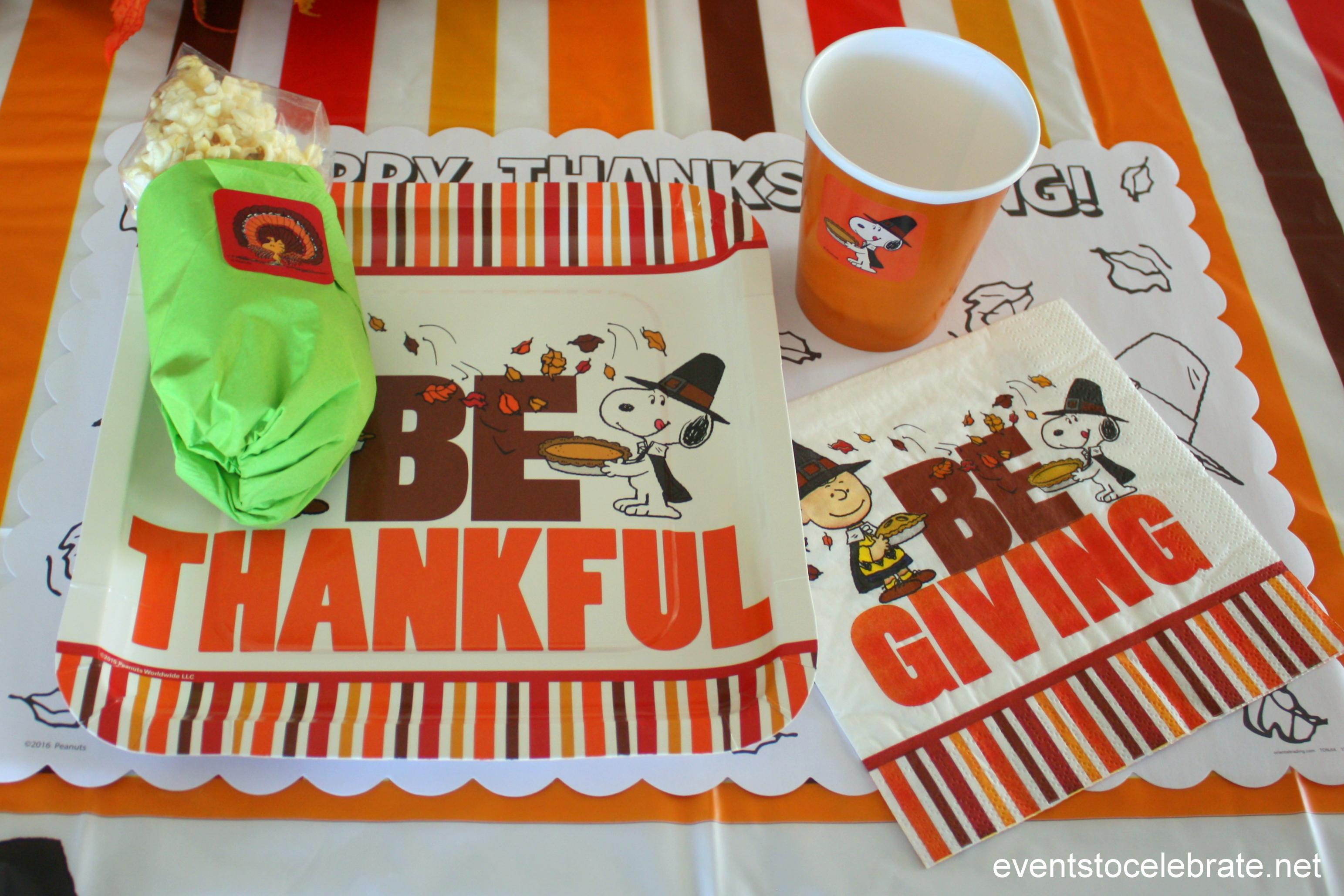 Charlie Brown Thanksgiving Theme
