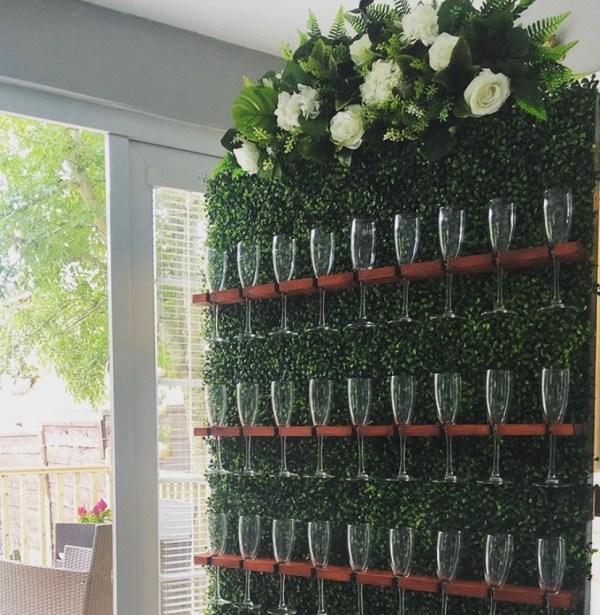 Boxwood Champagne / Prosecco Wall
