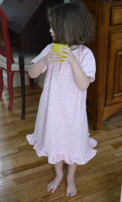 20150210_sewing_sophienightgown_006_small