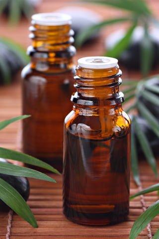 How to use tea tree oil for dandruff