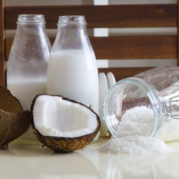 Coconut water: pros and cons