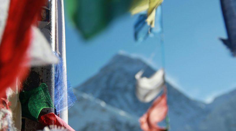 Mount Everest flag