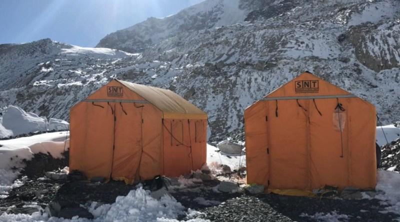 shangri-la nepal team summit everest