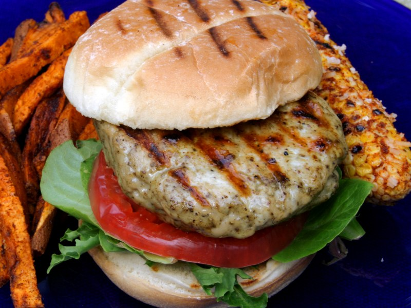 Everetts Fusions Turkey Burger