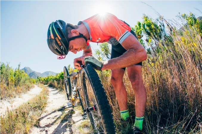 The elite men's and women's races could once again be decided by mechanicals as the rugged terrain always takes its toll on (wo)man and machine. Photo by Ewald Sadie.
