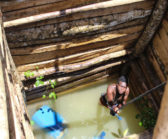TinaDisorbioHaitian-in-Dominican-Amber-Mine-Peoplerunup1218