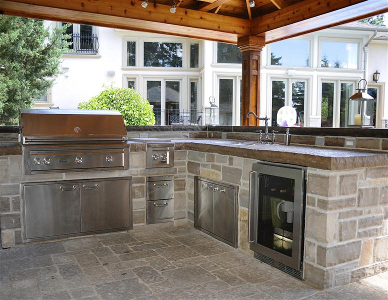 Outdoor Kitchen | Winter Tips | Ancaster | Burlington on Patio Kitchen  id=14569