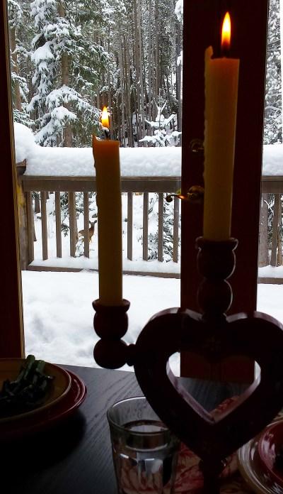 Valentine-Table-snow-deer