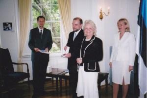 Elin_Toona_Presidents_Medal_V-class_2004-1024x687