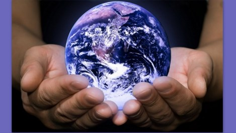 Image: The world in our hands