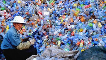 Image: A mountain of Plastic single-use bottles