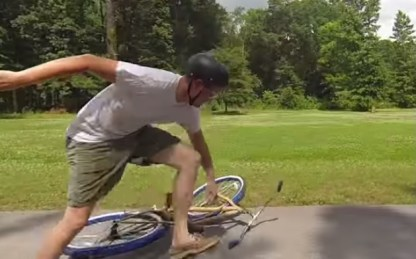 Image: Destin Sandlin: Bike wrecking