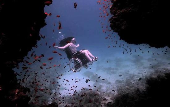 Sue Austin Underwater