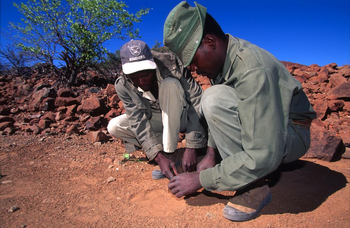 Image: Ex-poachers help Save the Rhino Trust