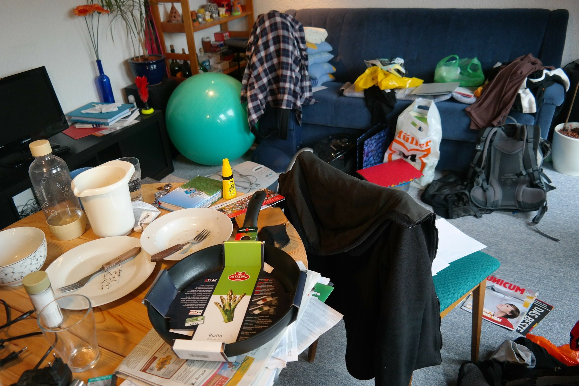 Image: A very messy living area