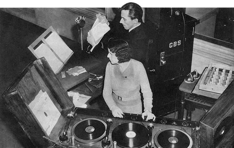 mot-ora-nichols-1935