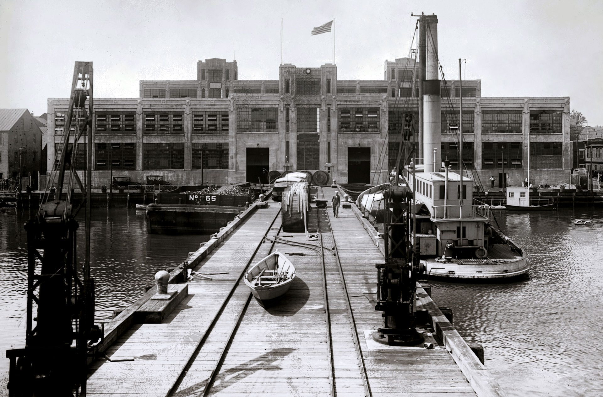 Image: 1922 photo of the US Naval Torpedo Station manufacturing building