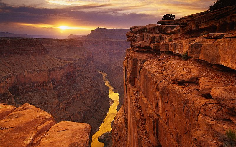 Image: A breathtaking photo of the Grand Canyon at Sunset